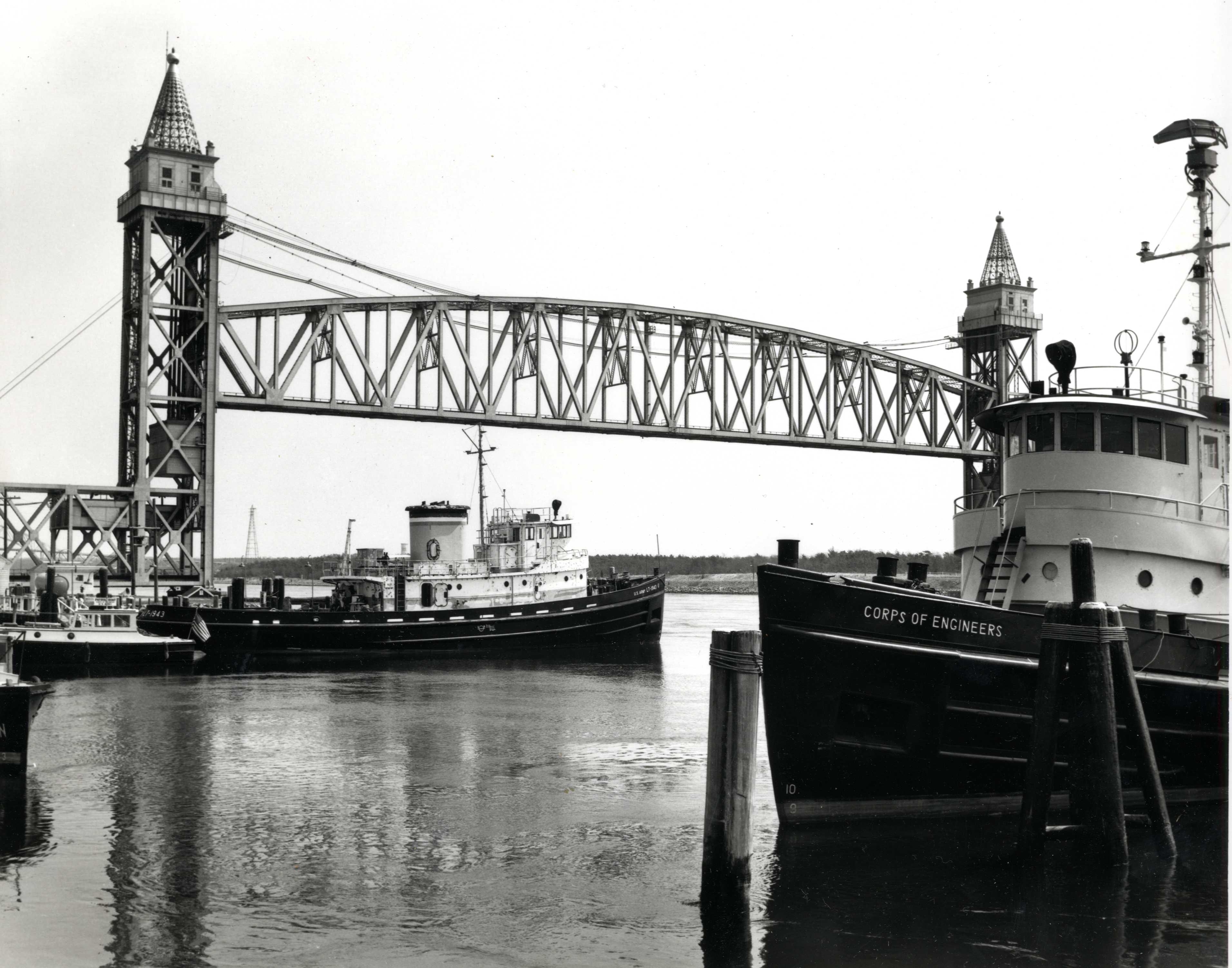 OMNIA - Tugboats