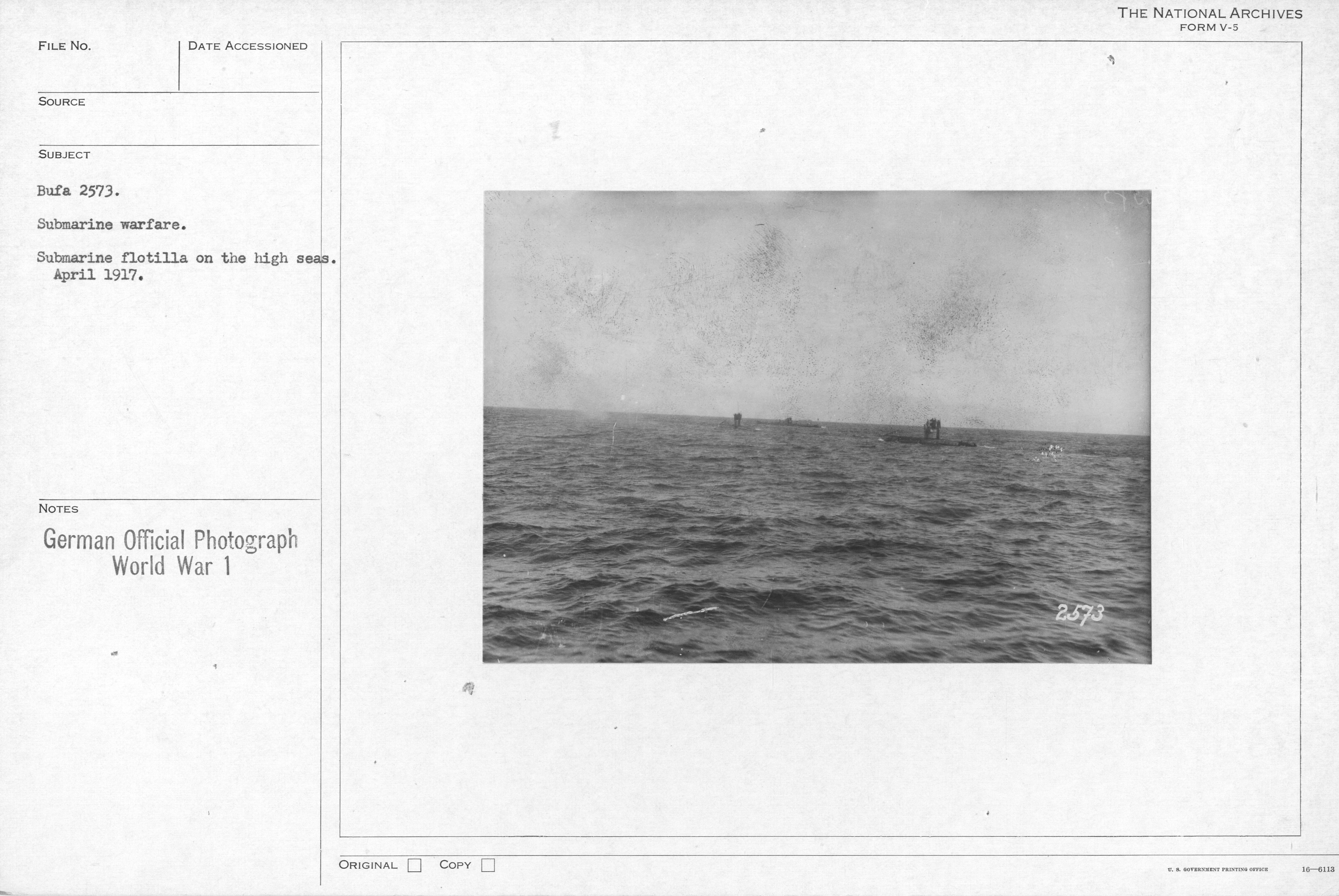 Submarine warfare. Submarine flotilla on the high seas. April 1917