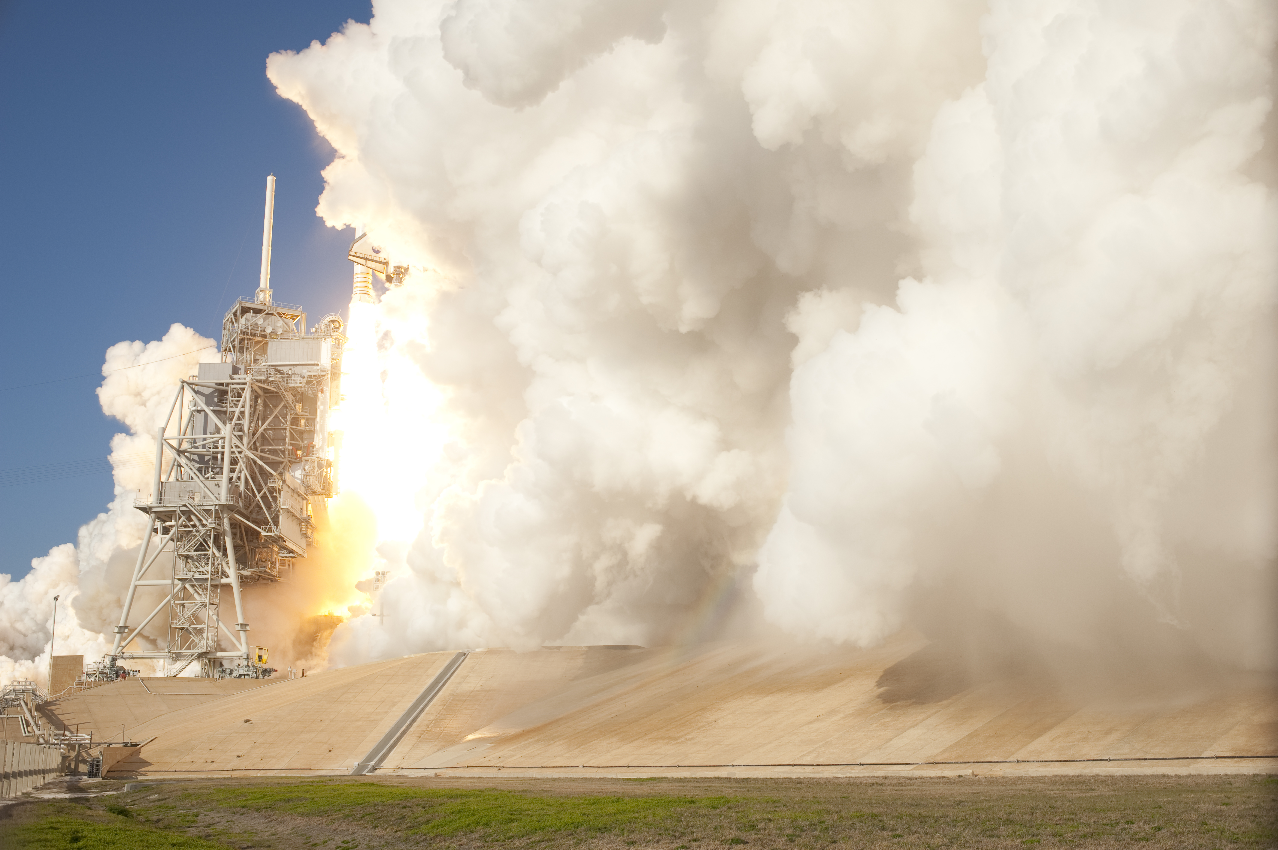 STS-133 - LAUNCH