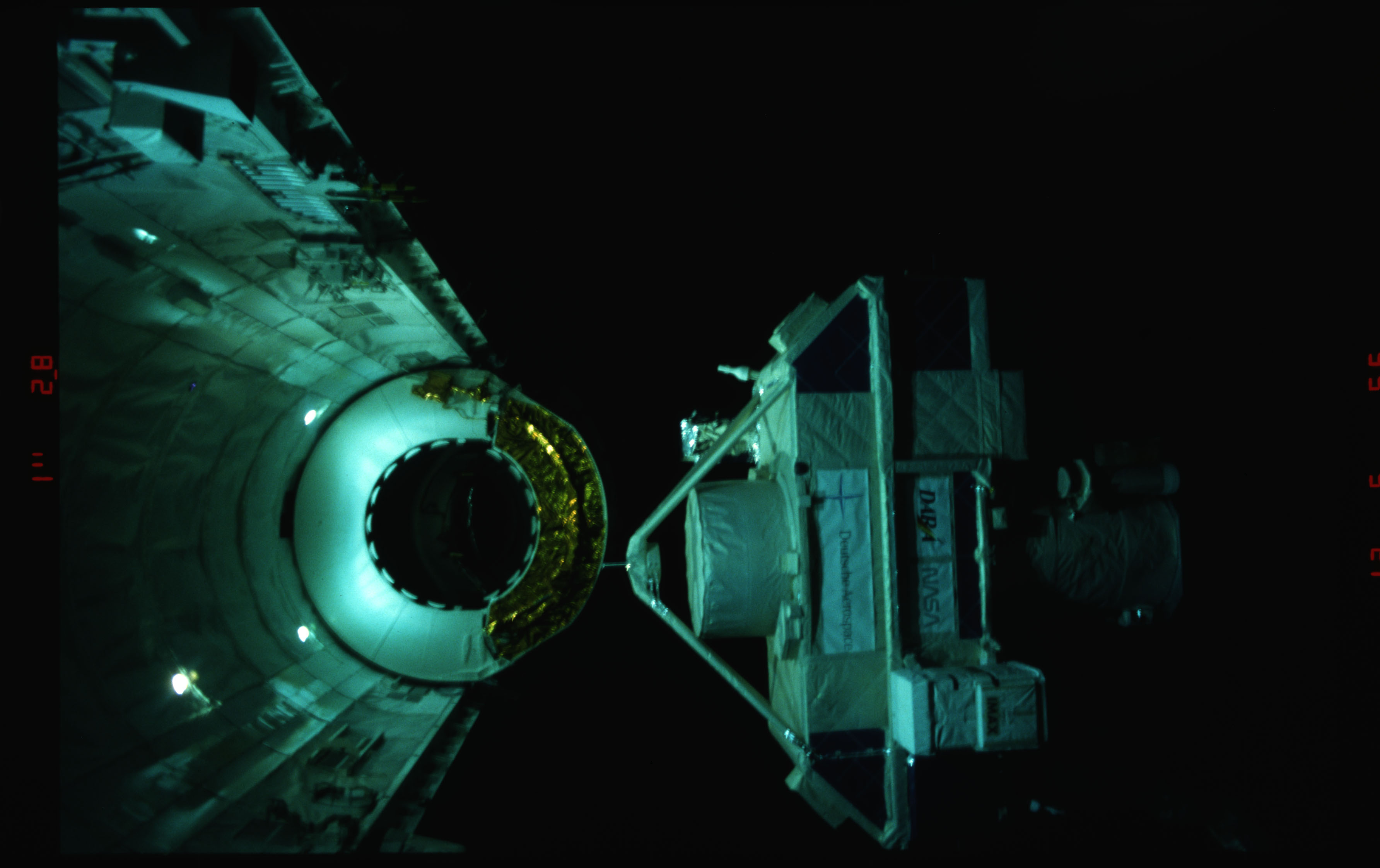 STS051-16-036 - STS-051 - ORFEUS-SPAS