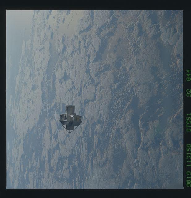 STS051-92-044 - STS-051 - ORFEUS/SPAS