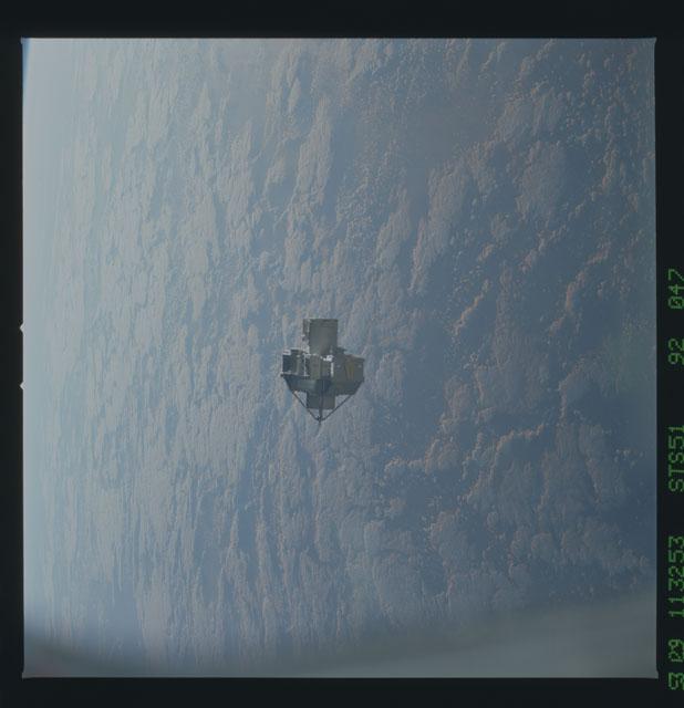 STS051-92-047 - STS-051 - ORFEUS/SPAS