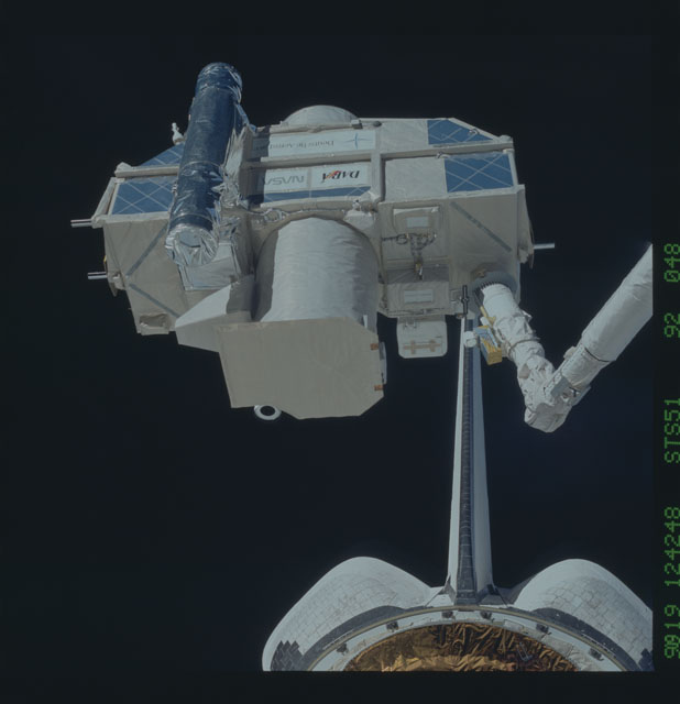 STS051-92-048 - STS-051 - ORFEUS/SPAS