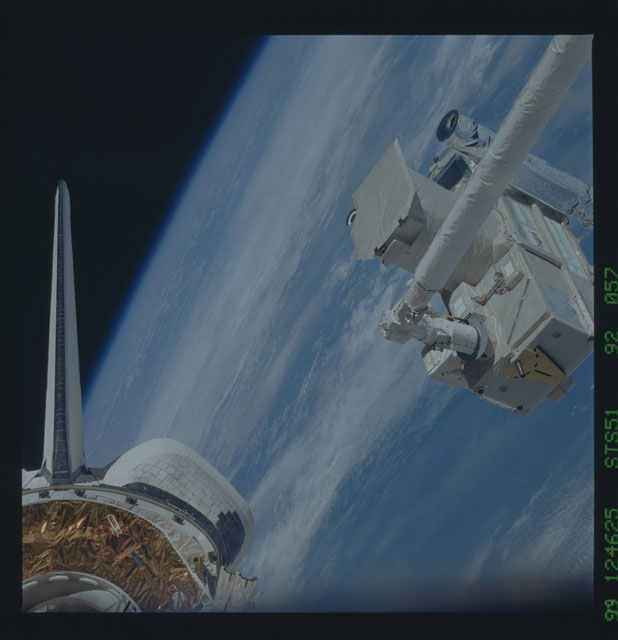STS051-92-057 - STS-051 - ORFEUS/SPAS