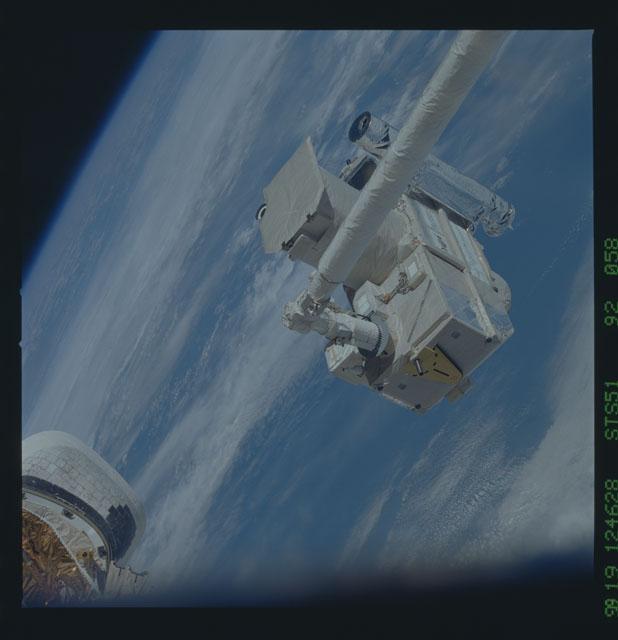 STS051-92-058 - STS-051 - ORFEUS/SPAS