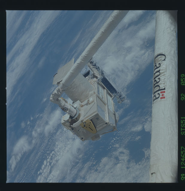 STS051-92-059 - STS-051 - ORFEUS/SPAS