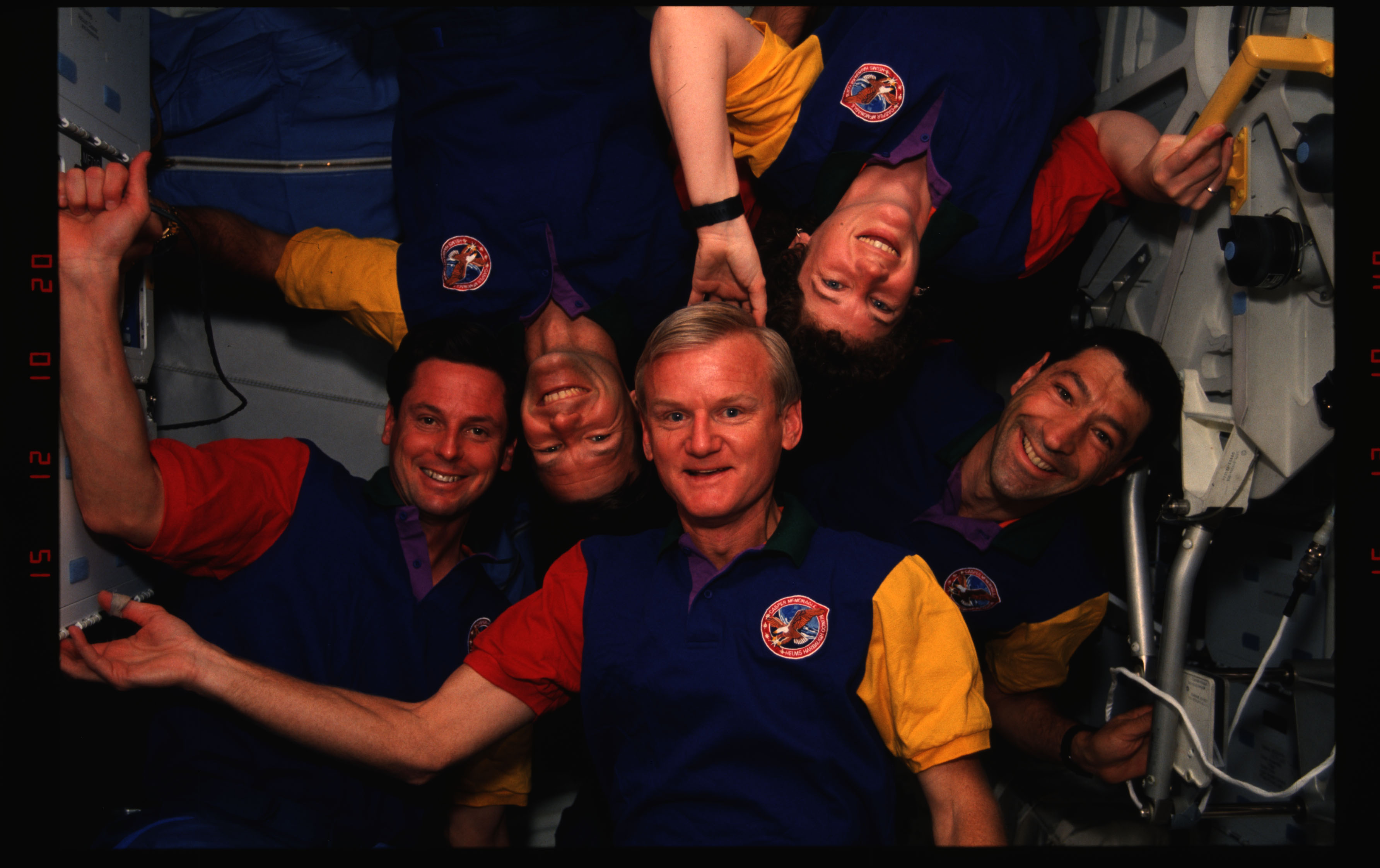 STS054-02-009 - STS-054 - In orbit crew group portraits.