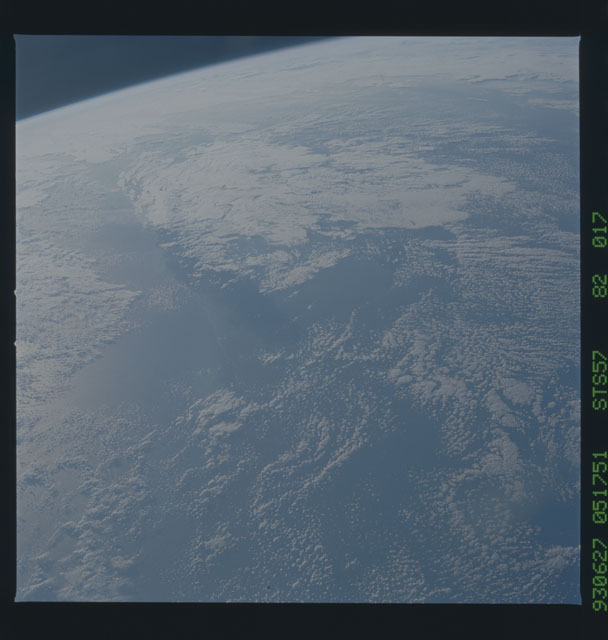 STS057-82-017 - STS-057 - Earth observations during STS-57
