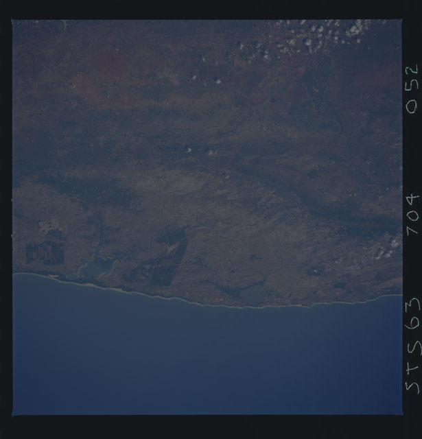 STS063-704-052 - STS-063 - Earth observations from STS-63 mission