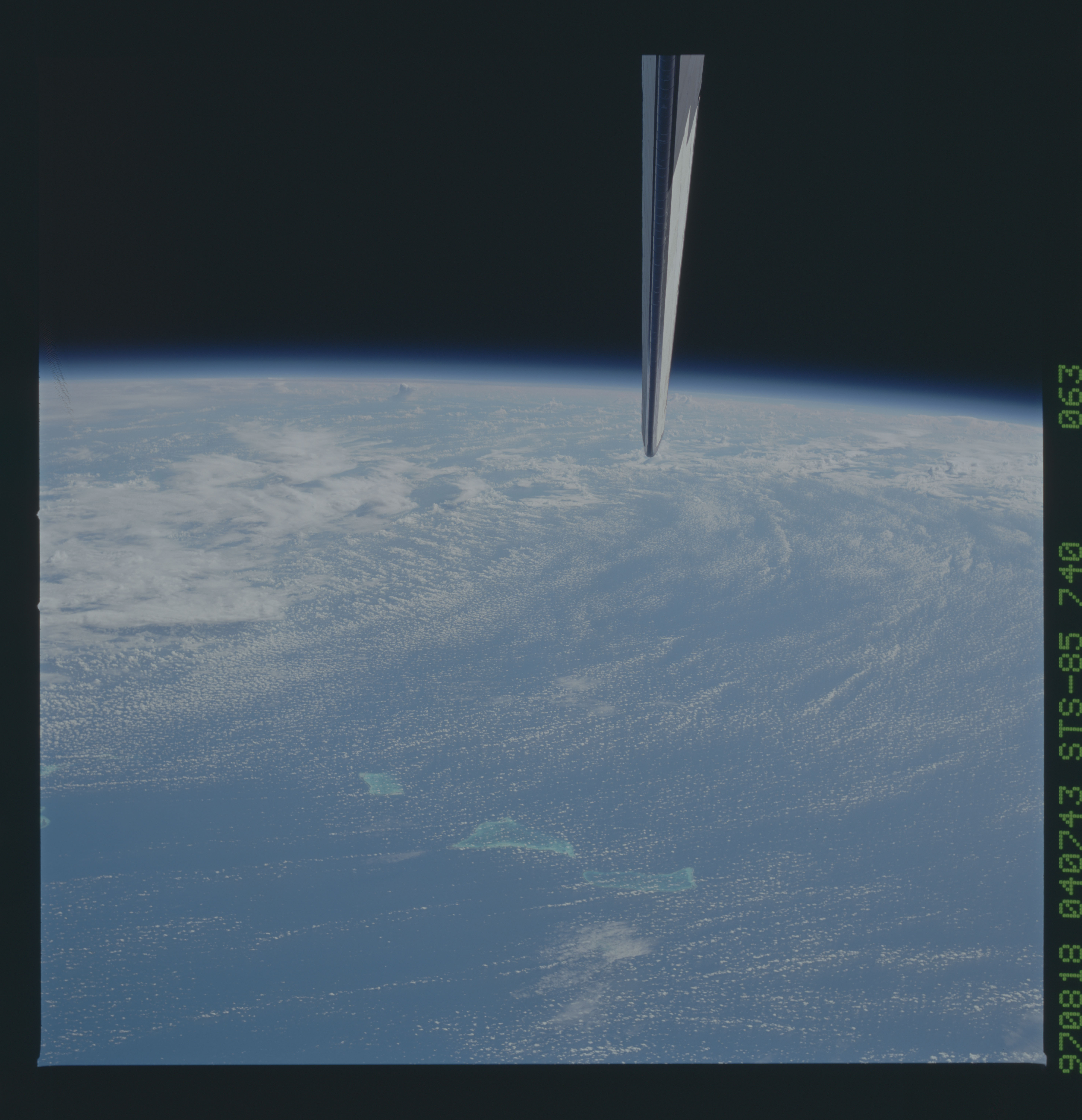 STS085-740-063 - STS-085 - Earth observations taken from orbiter Discovery during STS-85 mission