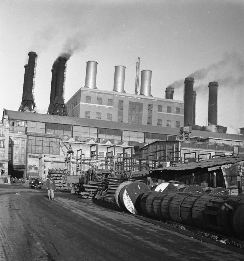 Power] - [Roubaix Wool Industry
